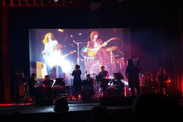 Обзор концерта группы «résonance»